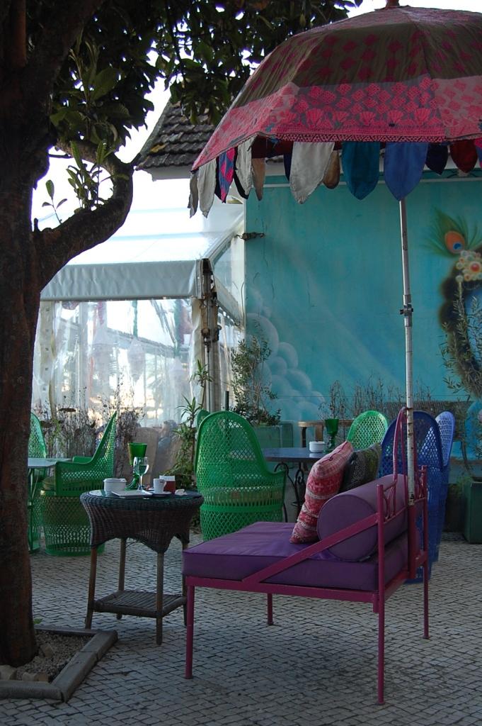 Cafeterias decoracion sevilla for Decoracion de la pared de la terraza