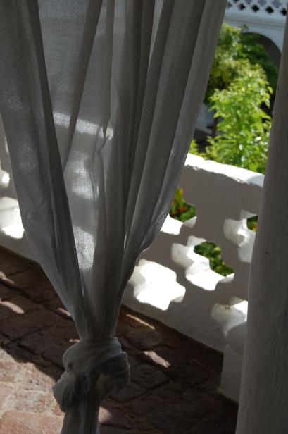 Decoracion sevilla-convento de la parra-Extremadura-cortinas de lino