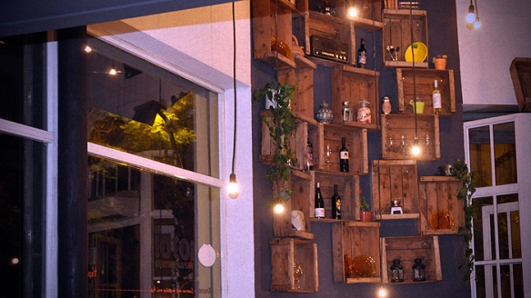 decoracion de cafeterías y restaurantes vintage-bar antojo-sevilla-decoracion sevilla