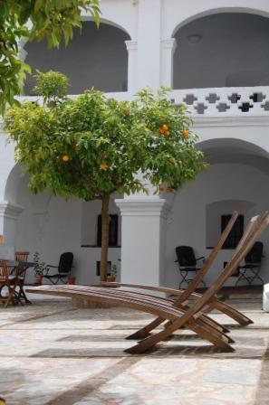 Decoracion sevilla-convento de la parra- muebles de exterior