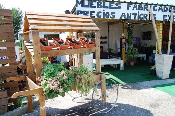 muebles de palet-muebles de exterior-decoracion sevilla-muebles de jardin-decorar terrazas
