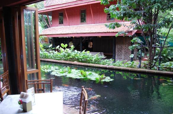 decoracion-tailandesa-restaurante-tailandes-decoracion-sevilla