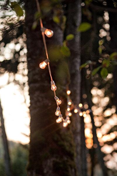 iluminacion-con-bombillas-decoracion-bodas-con-encanto-iluminacion-bodas