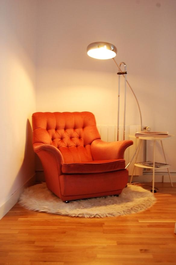 decoracion-de-interiores-decoracion-sevilla-decoracion-vintage-decoracion-retro-rincon-de-lectura-vintage-retro