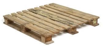palet-cama-balinesa-con-palets-muebles-con-palets-decoracion-sevilla